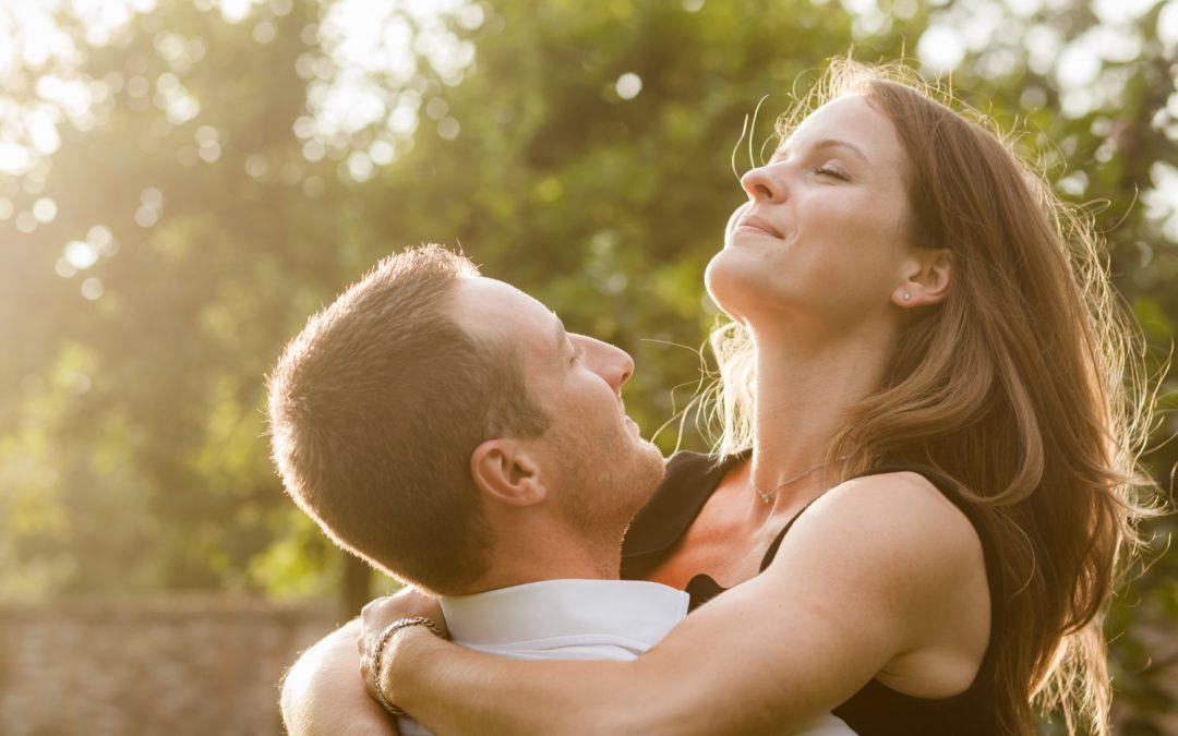 Loveshoot voor een bruiloft in Limburg: Sanne & Emile